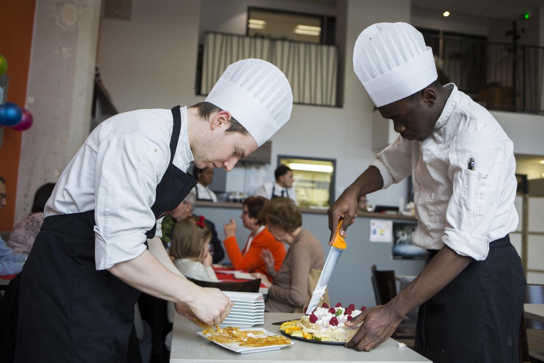 Brevet professionnel arts de la cuisine apprentis d 39 auteuil en le de france - Brevet professionnel cuisine ...